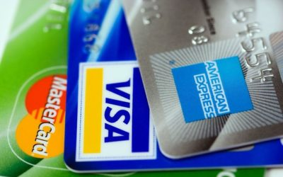 Debit Card vs Credit Card: What Should I Use?