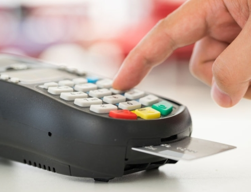 How Using a Debit Card can help you Learn Good Money Saving Habits